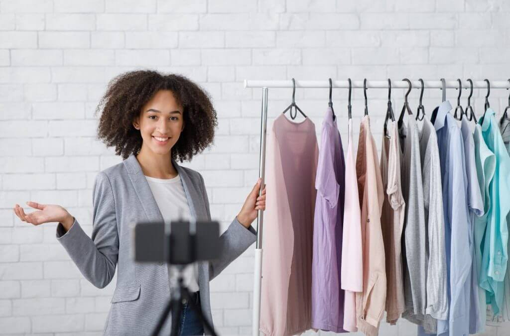 Live Shopping Trend – 7 video tools you should know in retail