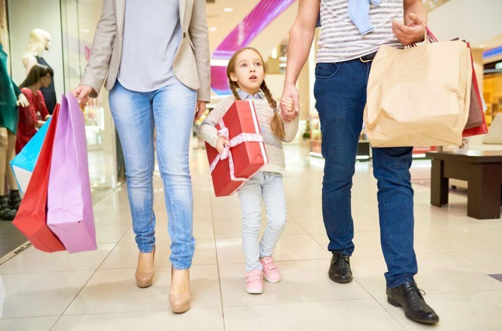 Preparation tips for local christmas shopping